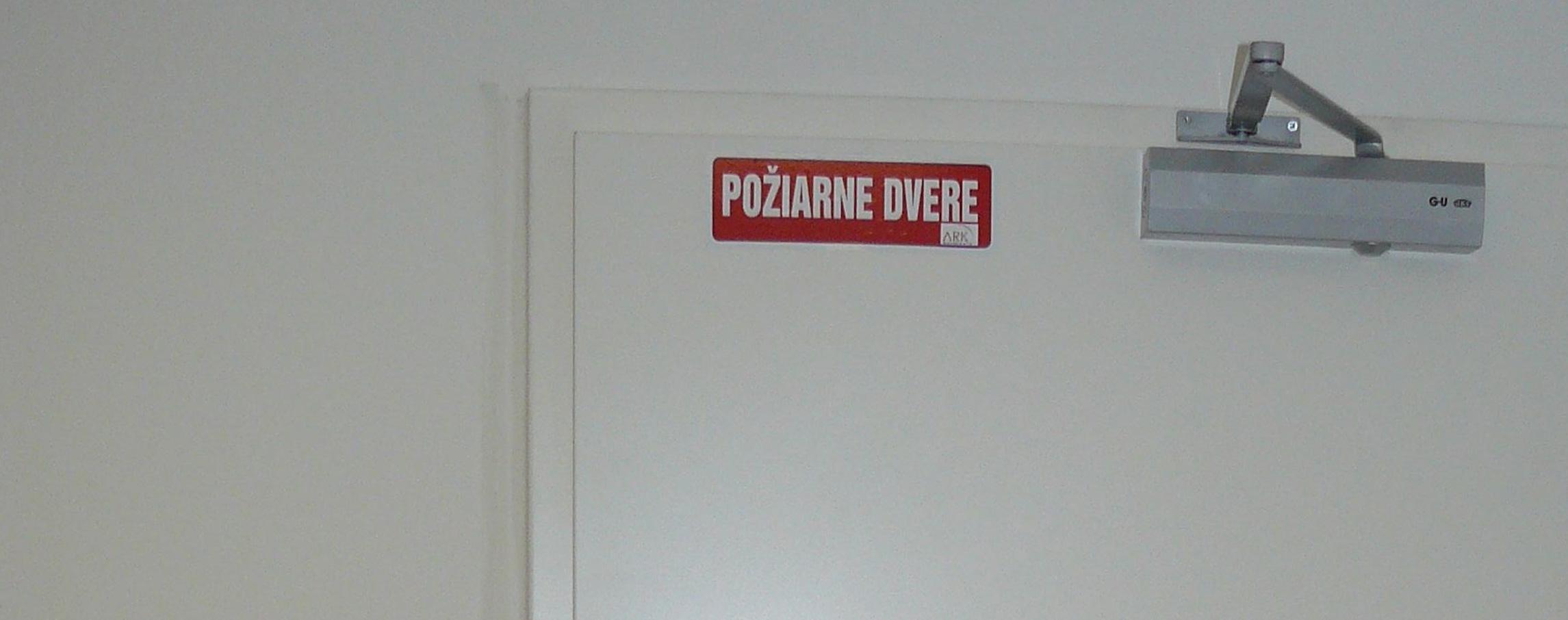 Požiarne dvere ARK Slovaka banner 3, v2