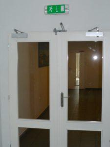 Drevené požiarne dvere s presklením